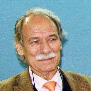 Dr. MANUEL DE MIGUEL AISA